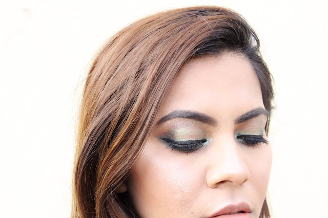 Olive Green Smokey Eyes, easy smokey eye, how to use pigment eyeshaodows, green eye makeup, day time smokey eye makeup, makeup, delhi blogger, delhi beauty blogger, indian blogger, indian fashion blogger, beauty , fashion,beauty and fashion,beauty blog, fashion blog , indian beauty blog,indian fashion blog, beauty and fashion blog, indian beauty and fashion blog, indian bloggers, indian beauty bloggers, indian fashion bloggers,indian bloggers online, top 10 indian bloggers, top indian bloggers,top 10 fashion bloggers, indian bloggers on blogspot,home remedies, how to