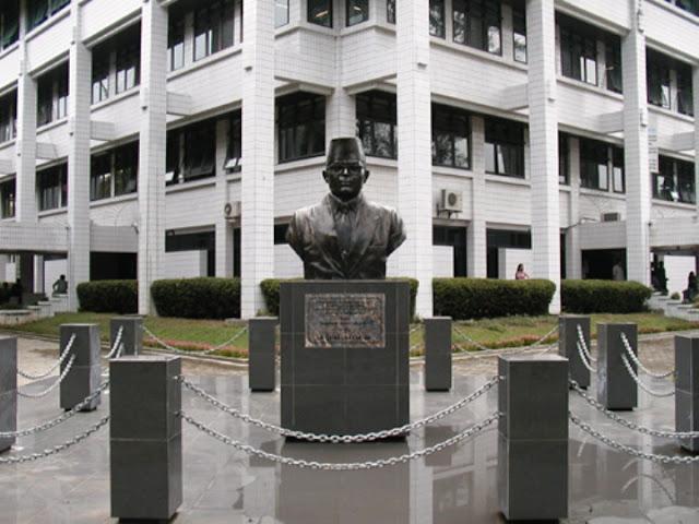 PENERIMAAN CALON MAHASISWA BARU UNIVERSITAS BUNG HATTA