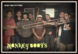 Download Koleksi Lagu Reggae Monkey Boots Terpopuler