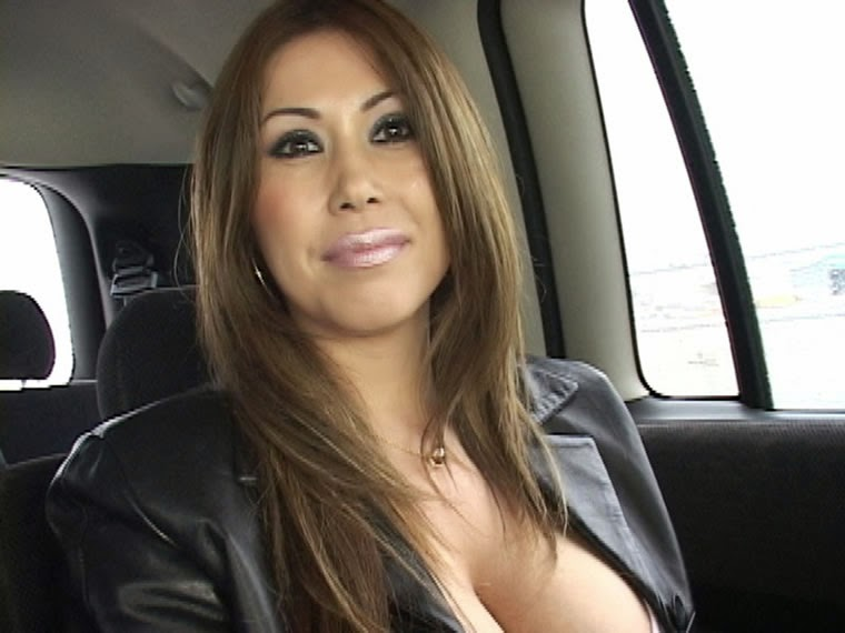 huge blond boob porn