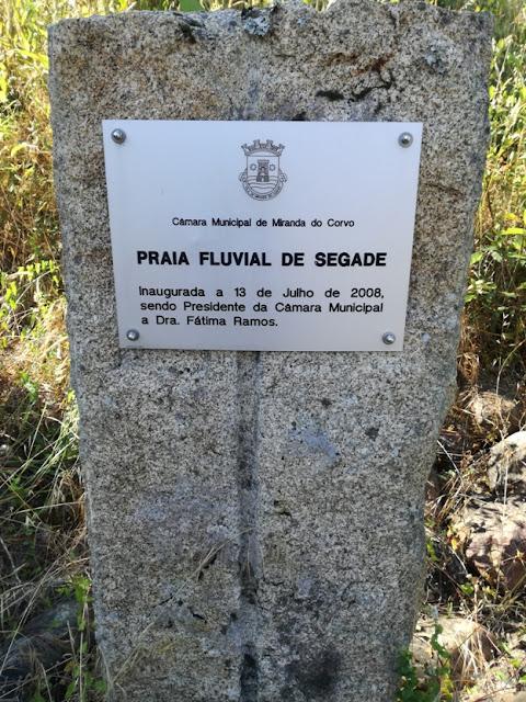 Placa Praia Fluvial de Segade