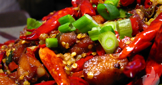 Bahaya Makanan Pedas Bagi Kesehatan