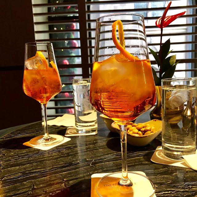 Aperol Spritz, Aperol, Prosecco, Soda Water. A delicious cocktail. frenchkitchenfusion.blogspot.com/