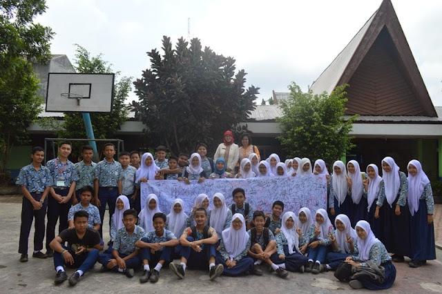 Usai UN, SMP Negeri 16 Medan Sumbang Baju