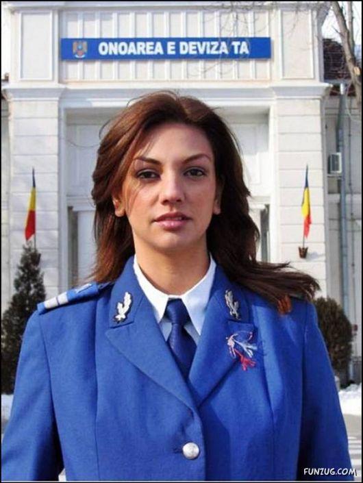 Beautiful Military Women Around The World  Women Army-7519