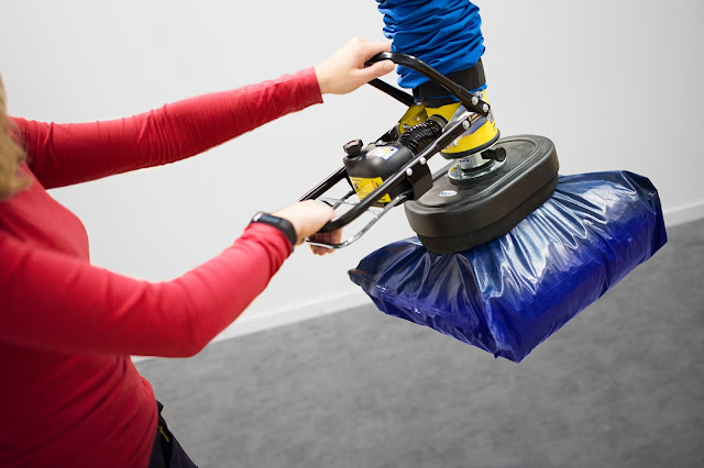 vacuum bag lifter