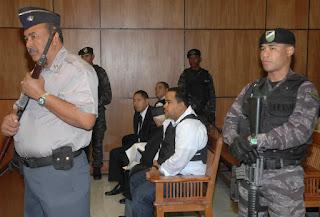 """Tras declararse culpable por narcotráfico en Puerto Rico en el año 2009 y cumplir una condena de cinco años y medio de prisión, Ernesto Bienvenido Guevara Díaz, alias Maconi, volverá a """"sentarse en el banquillo de los acusados"""" de un juicio, en esta ocasión en el Palacio de Justicia del Distrito Nacional por un alijo de 1,570 kilogramos de cocaína que fue incautado en el buque Kaluba el 4 de enero de 2018."""