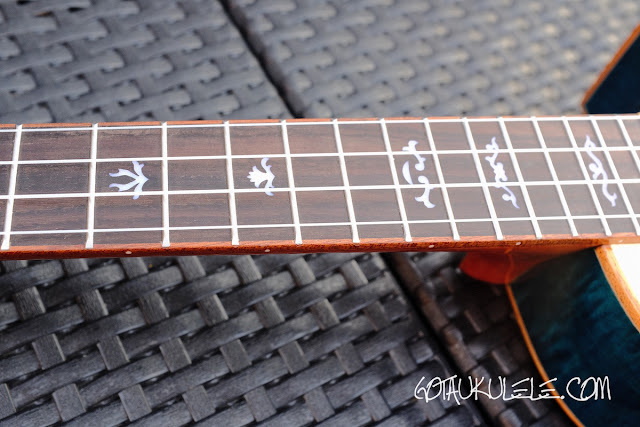 Mr Mai MD-T Tenor Ukulele neck