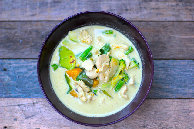 Green Chicken Curry Thai Food Travel Blogger Photography Chiang Mai Thailand