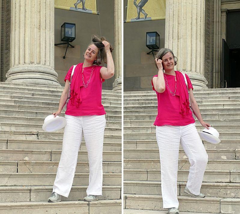 Sunny auf den Stufen zur korinthischen staatlichen Antikensammlung