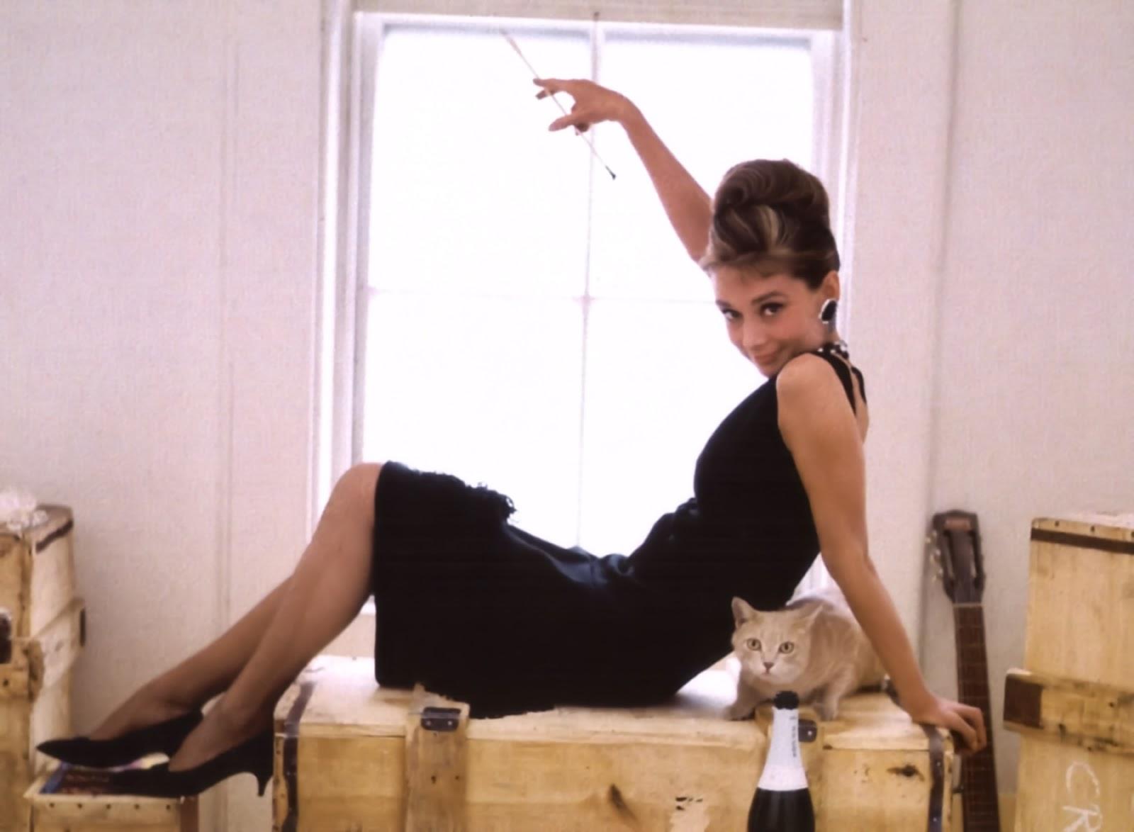 VITA DA PIN UP  ISPIRAZIONI  Audrey Hepburn b856ba8859d0