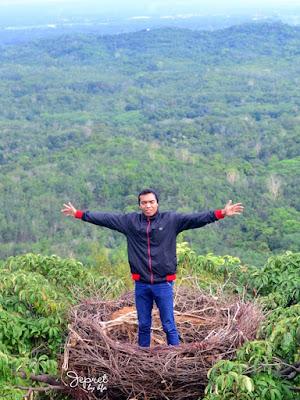puncak halinjuangan desa mawangi kec padang batung