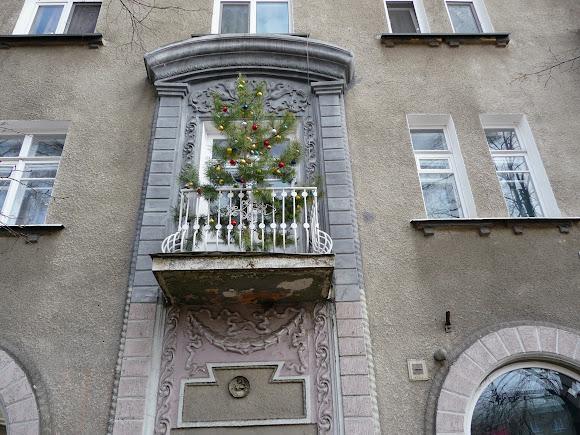 Славянск. Дом со шпилем. 1954 г.