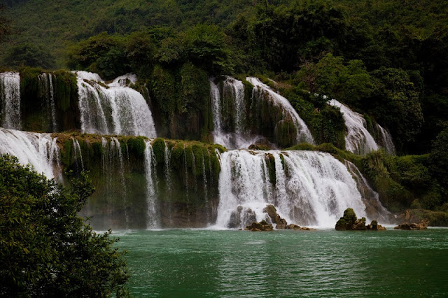 Top 4 famous waterfalls of Vietnam are tourists favorite