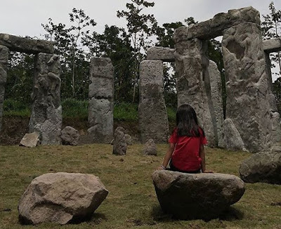 Stonehenge The Lost World Castle Sleman