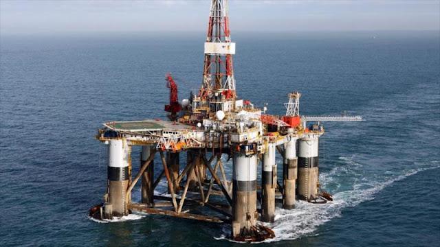Macri quiere asociarse con Londres para explotar crudo de Malvinas