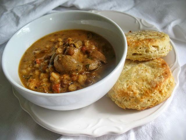 creamy lentil, barley and mushroom soup