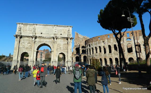 Arco de Constantino, no Fórum Romano
