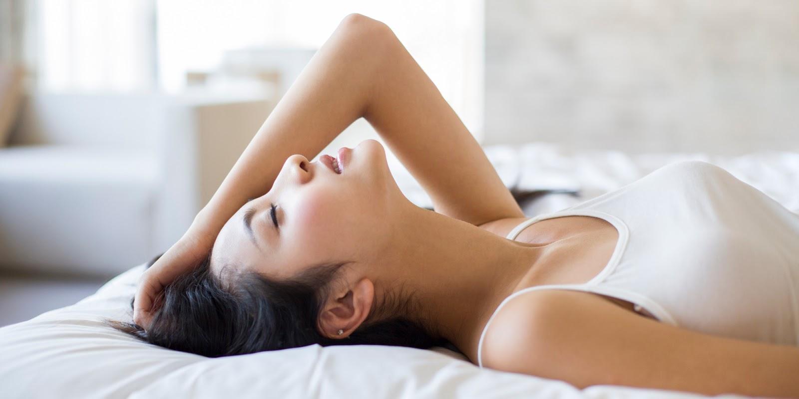 Принудительный оргазм женщин, Судорожный оргазм, оргазм до дрожи: Порно студентов 15 фотография
