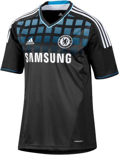 e2169d2491 Nova camisa negra do Chelsea e antigos modelos da cor preta do clube inglês