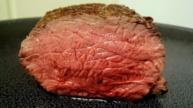 Rôti de boeuf au four : température et temps de cuisson pour un rosbif réussi