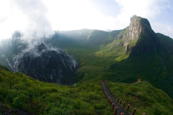 Objek Wisata Gunung Kelud Kediri
