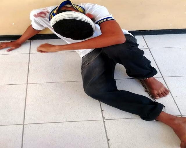 Menor suspeito de roubo é agredido por populares no Siqueira Campos