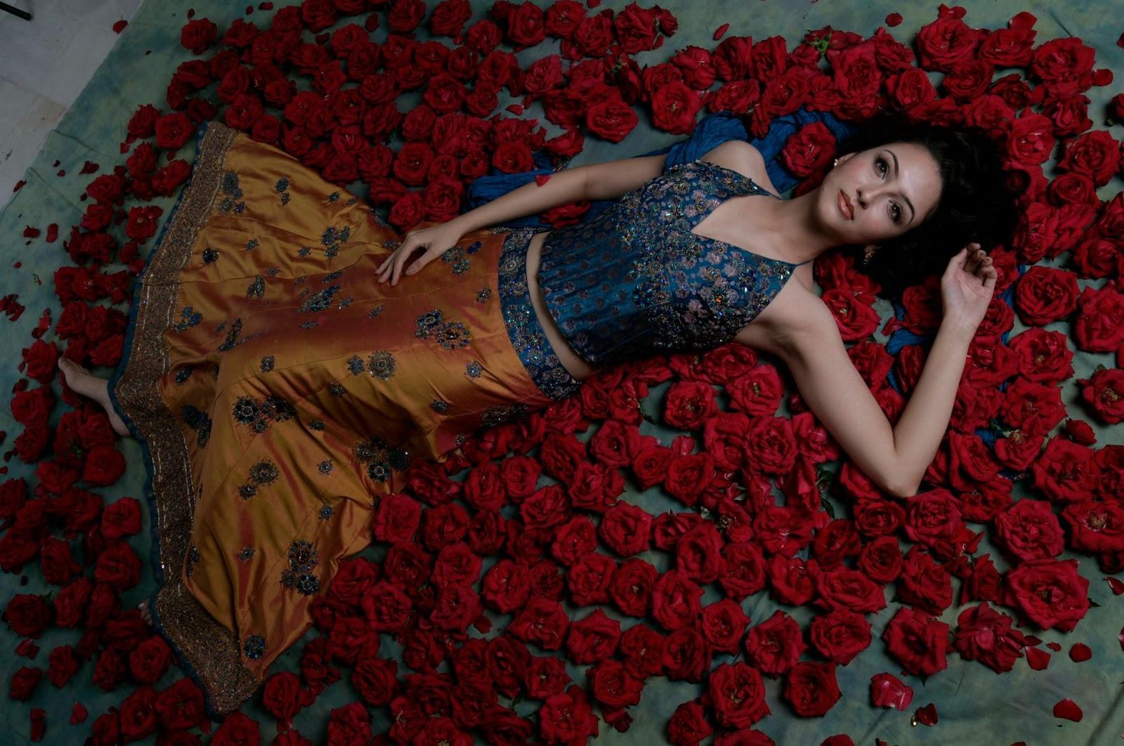 Anita bhabhi ji Hot looks in Saaree