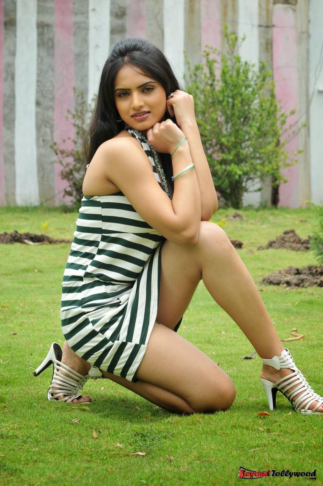 Cute Sneha Wallpapers Spicyimg Ritu Kaur New Hot Photo Stills