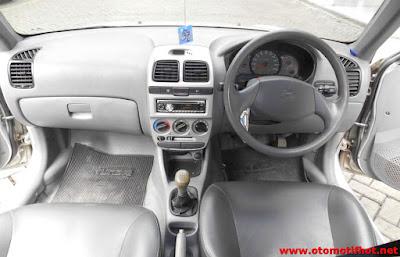 Interior Hyundai Avega