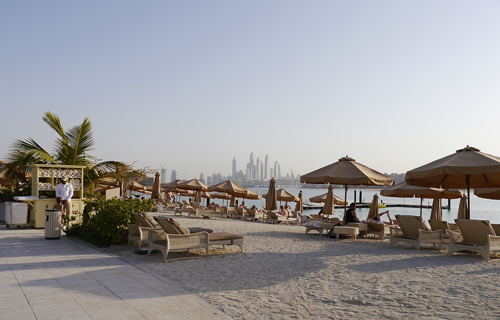Top 5 Things to do in Dubai, places to eat in Dubai, the palm dubai, Dubai view, Dubai beach, Waldorf Astoria Dubai