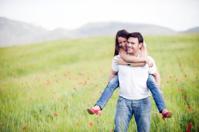 تحميل اجمل الصور الرومانسية بين زوجين - خلفيات عشق