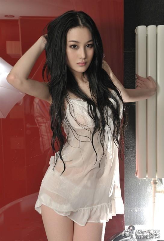 Koleksi Foto-foto Hot dan Seksi Zhang Xinyu