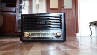 Dijual Radio antik merk erres