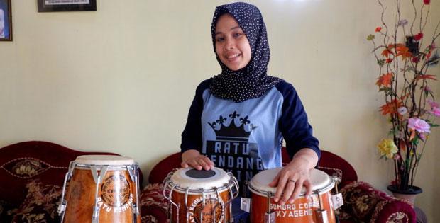 Lirik Lagu Ya Asyiqol Musthofa By Mutik Nida (Ratu Kendang)