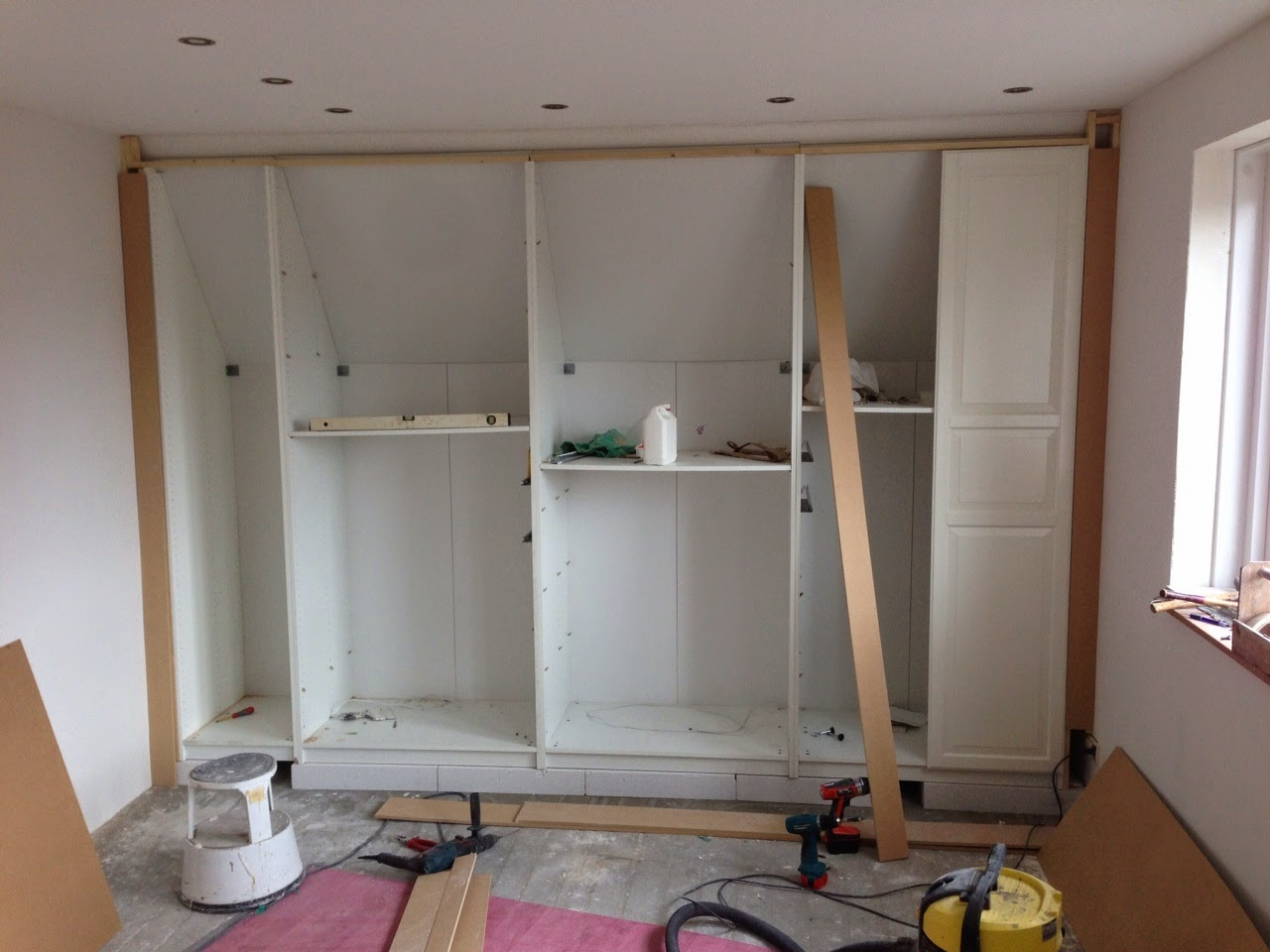 Hoekkast Ikea Pax Fully Functional Ikea Fitted Wardrobe For Sloping Ceiling Ikea
