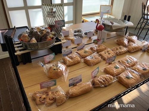 パンの陳列