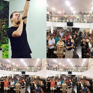 Davi Sacer na igreja Divino AMor