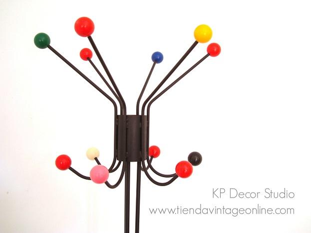 Percheros para decoración estilo midcentury años 50 estilo eames era atómica diseñador Roger Feraud