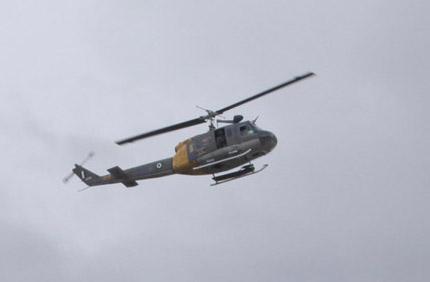 Νεκροί 4 επιβαίνοντες του ελικοπτέρου που κατέπεσε στο Σαραντάπορο - Μια γυναικα ανασυρθηκε ζωντανή