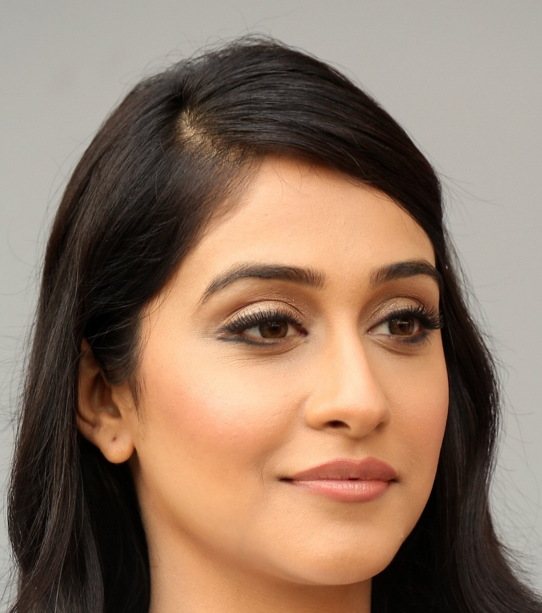 Face Close Up Photos Of Regina Cassandra