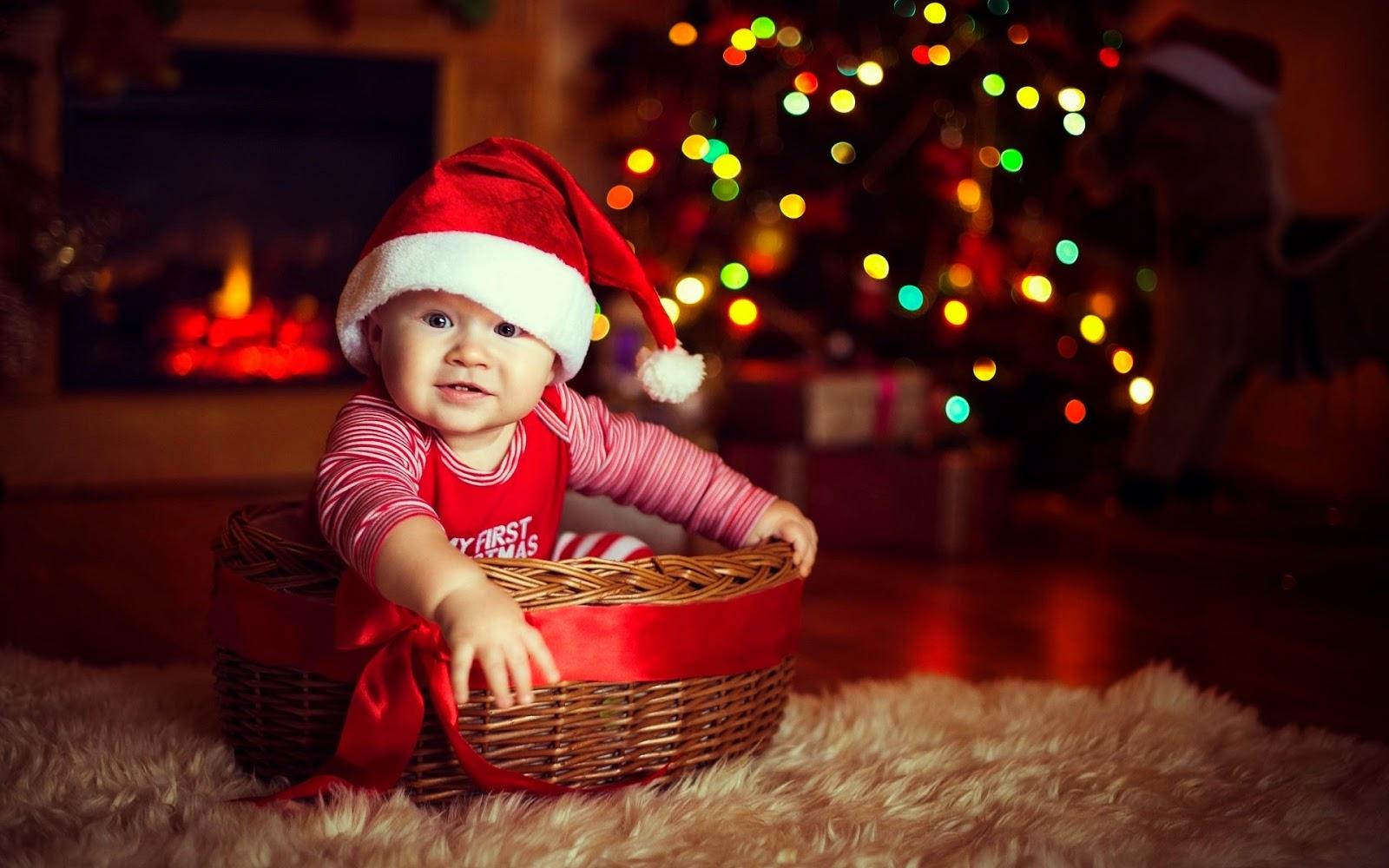 Download foto lucu bayi merayakan hari natal