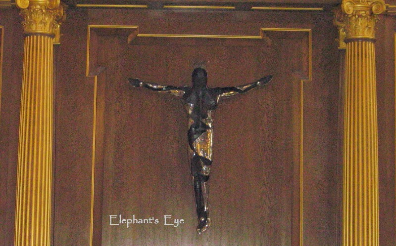 Crucifix at St Mary le Bow Work of Simon Robinson