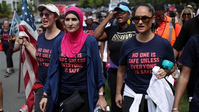 Hundreds of Americans protest against National Rifle Association over gun violence