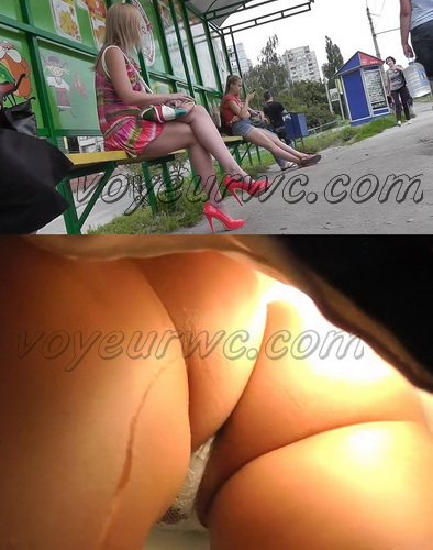 Upskirt video features a sexy girls on a bus. Cute upskirts of subway girls (100Upskirt 4300-4384)