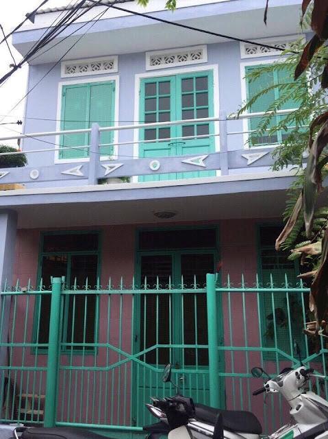 http://www.muanhadatdanang.net/2016/11/di-nuoc-ngoai-can-ban-nha-kiet-hoang-dieu-ngay-trung-tam-thanh-pho-rong-53-m2.html