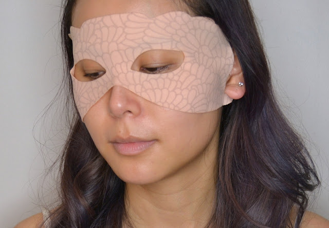 Nannette de Gaspe Youth Revealed Dry Eye Mask