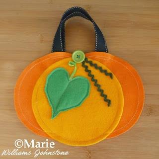DIY handmade Halloween and Fall pumpkin trick or treat bag