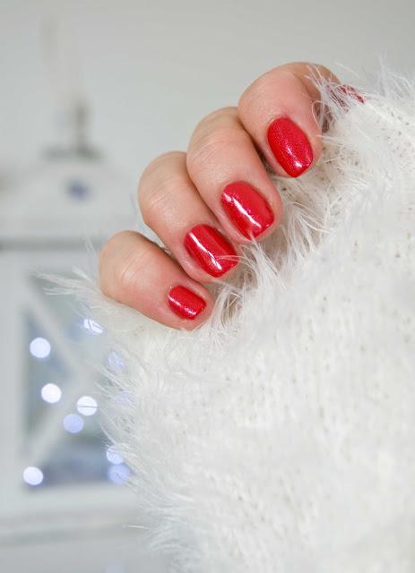 025 Glitter Red Semilac karminowa czerwień