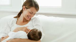 Ini Yang Terjadi pada Ibu Menyusui saat Lagi Menstruasi, Tidak Haid atau Haid Jadi Tidak Teratur Selama Menyusui? Ini, Menstruasi saat menyusui - Tanya Dokter Klikdokter.com